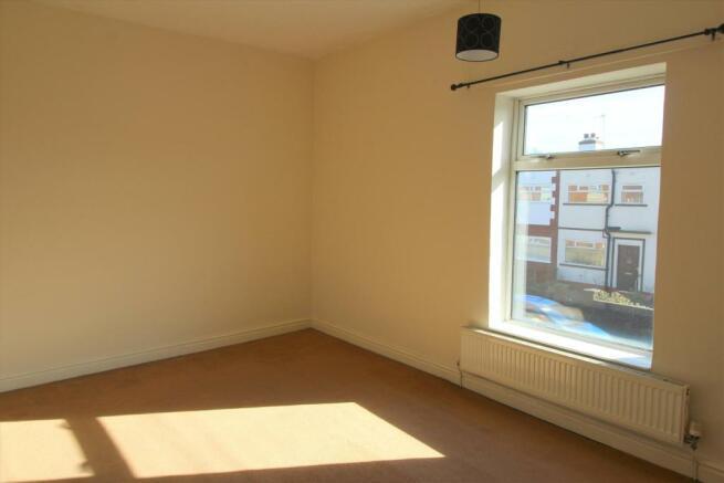 Front Bedroom2