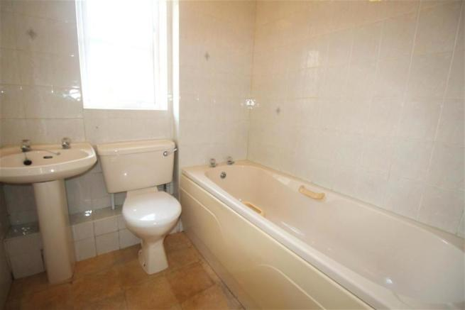 Bathroom (Medium)