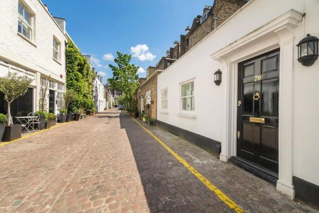Queens Gate Mews Layer Cake