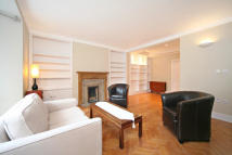 Flat to rent in Gloucester Road, SW7