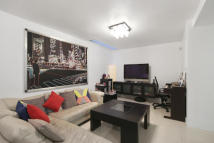 1 bedroom Apartment to rent in Queens Gate...
