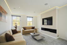 3 bed Apartment to rent in Ashburn Gardens...