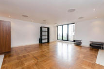 Flat to rent in Sky Apartments...