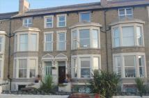 2 bedroom Flat in Clandon Court...
