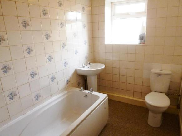 Bathroom The Barn