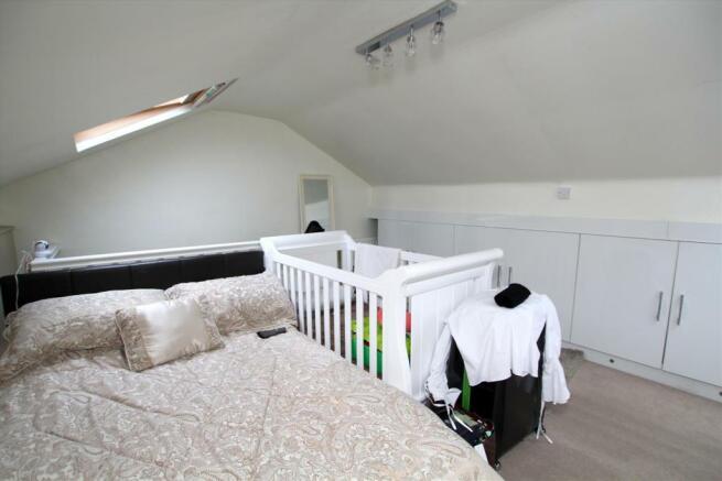 Lorf Room