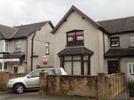 semi detached home to rent in Central Avenue...