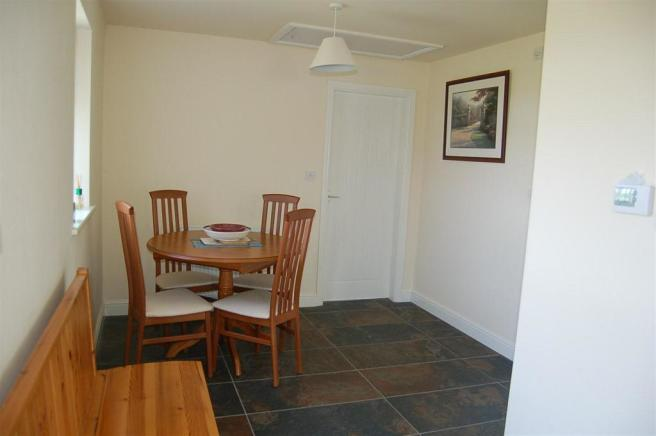 Annex Dining Hallway