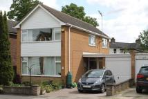 3 bed Detached house in Vicarage Drive...