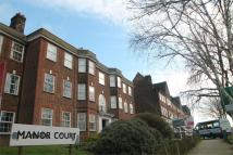 2 bedroom Ground Flat to rent in Manor Court, Aylmer Road...