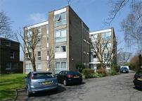 2 bed Flat in Priory Grange...