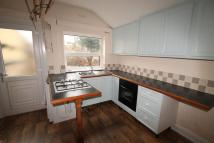 4 bed semi detached property to rent in Balby Road, Balby