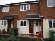 Terraced property in Eastley Crescent, Warwick