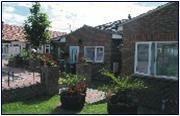 Studio apartment to rent in Alton Gardens, Luton, LU1
