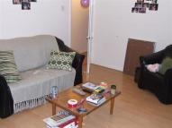 3 bedroom Flat to rent in Alton Gardens, Luton, LU1