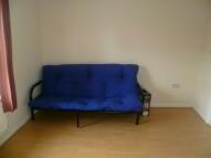 Studio apartment to rent in PARK STREET, Luton, LU1
