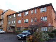 1 bed Apartment for sale in High Street, Addlestone...