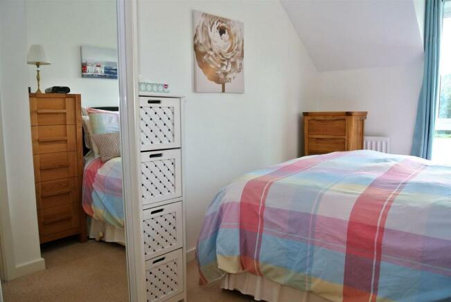 Bedroom alt.jpg