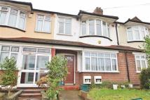 1 bed Flat to rent in Morden Road, Mitcham...