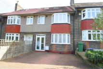 5 bedroom semi detached house in Morden