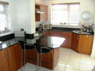 3 bed semi detached home in Hall Walk, Cottingham...