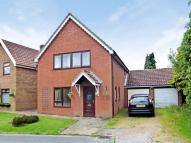 3 bed Detached house in Manor Road...