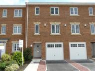 4 bedroom Town House to rent in Abbotts Court, Selby