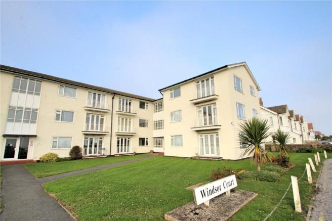 2 Bedroom Apartment For Sale In Windsor Court Brighton Road Worthing West Sussex Bn11 Bn11