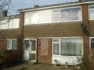 3 bed home to rent in 3 bedroom Mid Terraced...