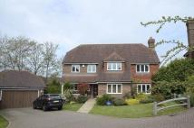 5 bedroom Detached home in Warren Farm Place...