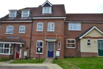 Town House to rent in Storrington, West Sussex