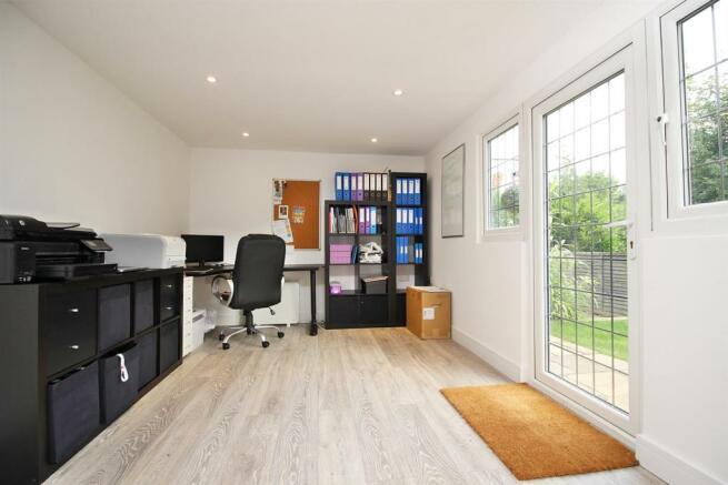 Home office 2.JPG