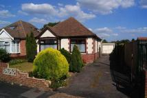2 bedroom Detached Bungalow in The Kingsway...