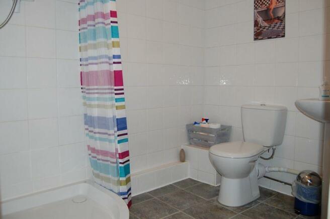 BARN WC
