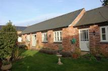 2 bedroom Detached Bungalow in Redhill Court, Old...