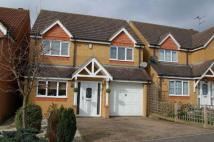 4 bedroom Detached property in Farmers Close, Wootton ...