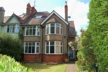 5 bed semi detached property in Wellingborough Road...