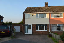 3 bedroom semi detached home to rent in FARM CLOSE, Northampton...