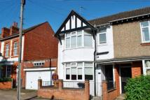 3 bed End of Terrace home in Clarence Avenue...