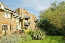 2 bed Apartment to rent in Whittets Ait, Weybridge
