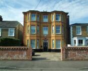 Flat in Princes Road, Weybridge...