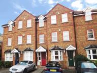 2 bed Flat in Charlotte Mews, Esher...