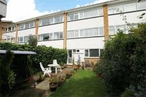 4 bed Terraced house to rent in Buckingham Avenue...