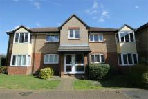Apartment in Shepperton Court Drive...