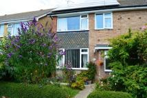 3 bed semi detached house in CHERRYWOOD GARDENS...