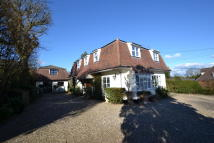 4 bed Detached property in Chelmsford Road...