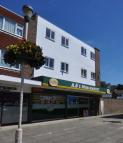 2 bed Flat to rent in Enbrook Valley...