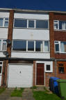 Town House to rent in SMEED CLOSE...