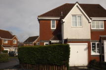 semi detached house to rent in Virginia Drive...