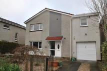 4 bedroom Detached property in 11 Beech Avenue...